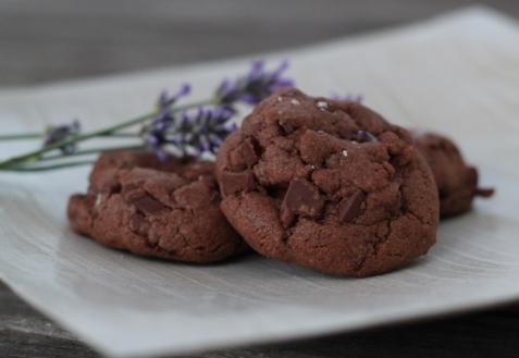 Шоколадно-лавандовое печенье
