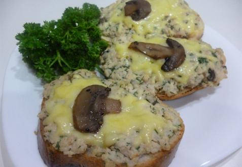 Рецепт - Горячие бутерброды с курицей