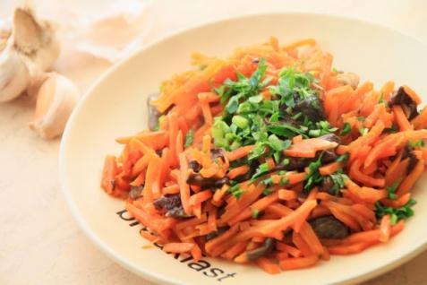 Рецепт - Морковь с грибами