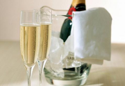 Этикет и шампанское