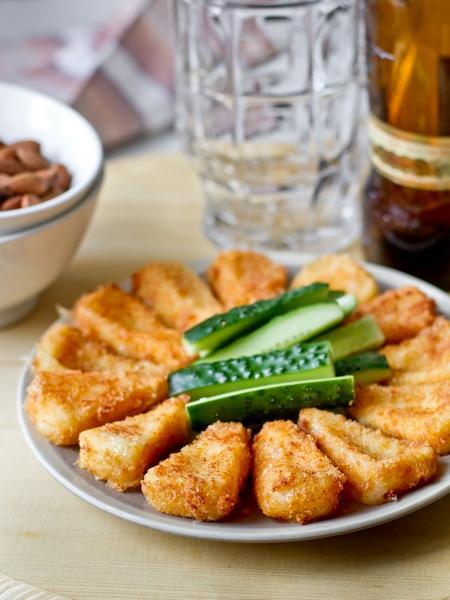 Жареный сулугуни в хрустящей сырной панировке