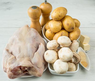 Запеченная курица с картофелем и шампиньонами