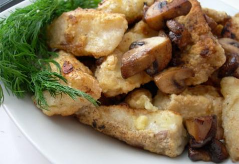 Рецепт - Филе трески в кляре с грибами