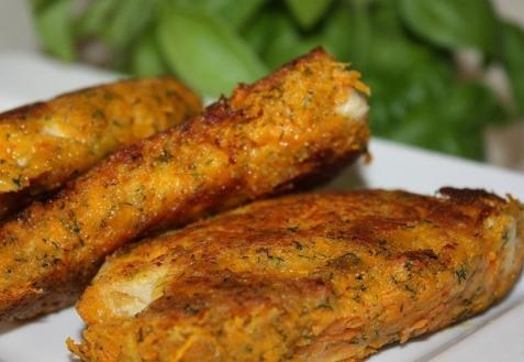Куриные отбивные в морковной панировке