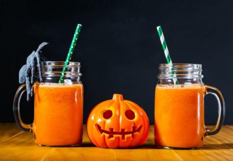Тыквенный напиток на Хэллоуин (видео)