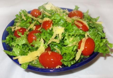 Рецепт - Салат с помидорами черри