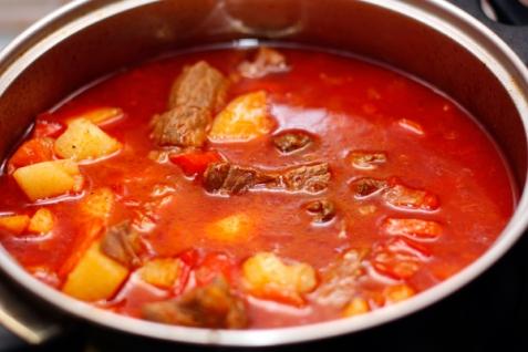 венгерский гуляш из говядины рецепт с фото