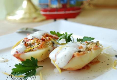 Фаршированный картофель брынзой и яйцами