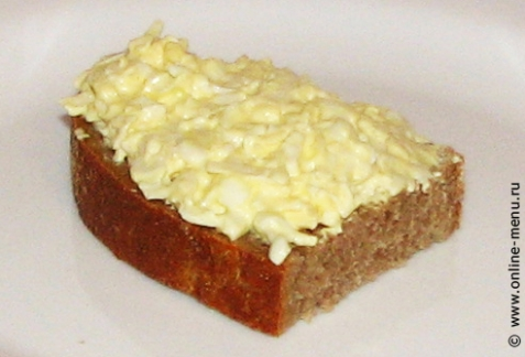 Бутерброды с салатом - рецепт