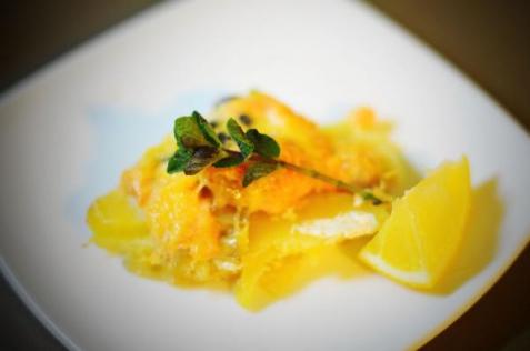 Рецепт - Форель, запеченная с картофелем