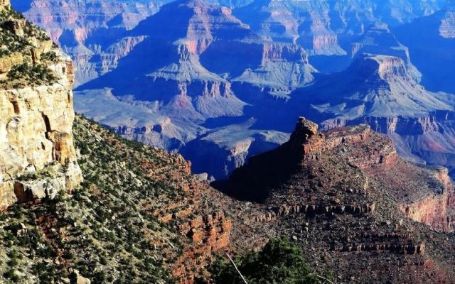 Обои с горами и скалами на рабочий стол №01