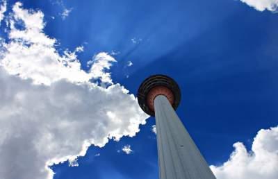 Десять самых высоких в мире телебашен. Фото