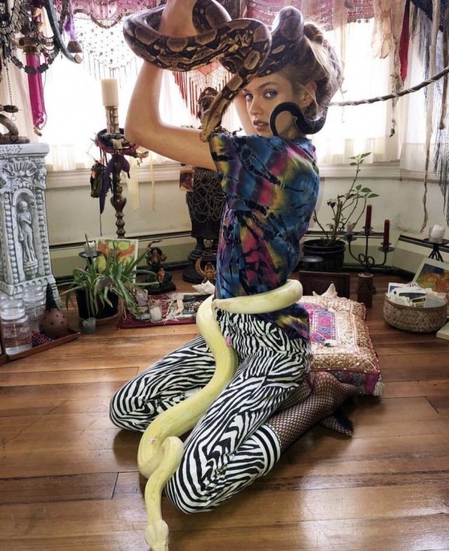 Экзотика: самый безумный бьюти-ритуал «ангела» Victoria's Secret