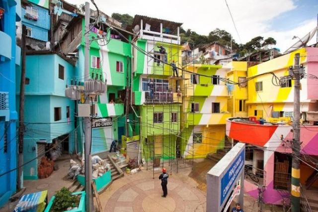 Santa Marta Favela - самые яркие трущобы Рио.