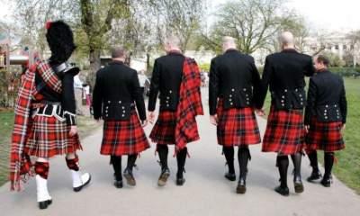 В этих странах мужчины носят юбки. Фото