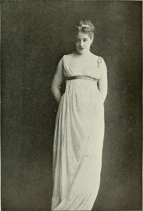 Сибил Сандерсон в роли Фрины, апрель 1893 года