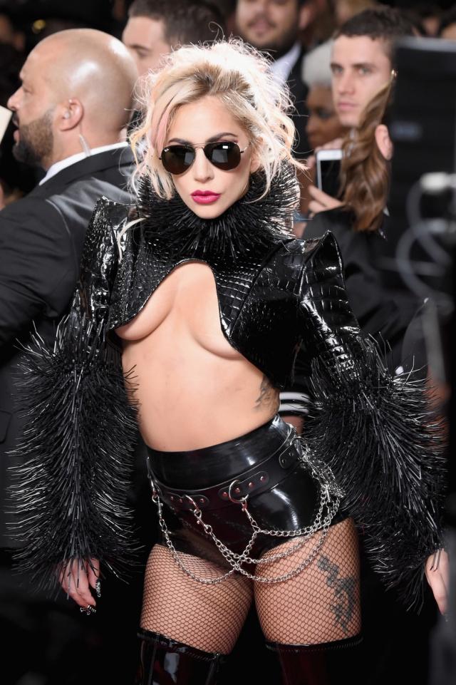 Леди Гага на церемонии «Грэмми-2017»