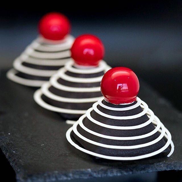Фото: Искусство из еды: десерты из 3D-принтера от украинского кондитера (Фото)