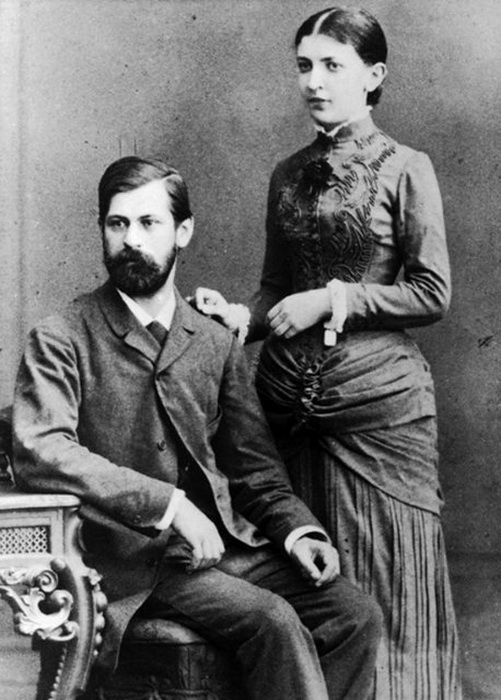Зигмунд Фрейд и его жена Марта Бернейс