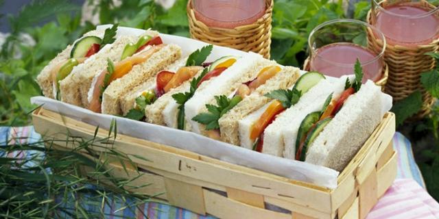 Сэндвичи для пикника.