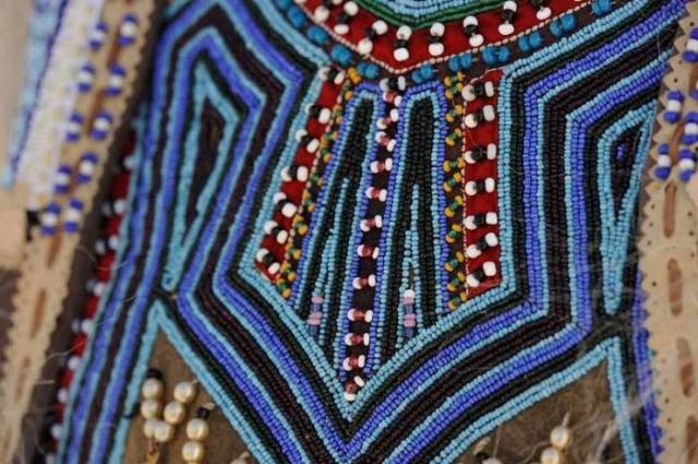 Бисер - самый распространенный элемент декора одежды/Фото:https://республика-саха-якутия.рф
