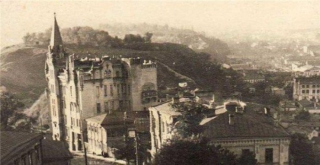 Замок Ричарда - Львиное сердце. Архивная фотография. Фото: interesniy.kiev.ua
