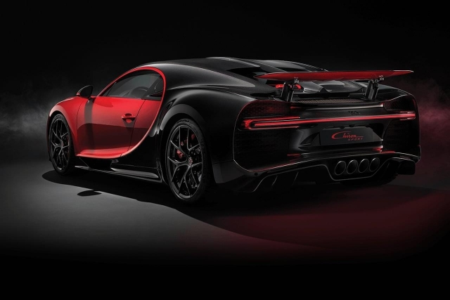 chiron sport rear