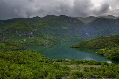 Природа Албании в ярких пейзажах. Фото
