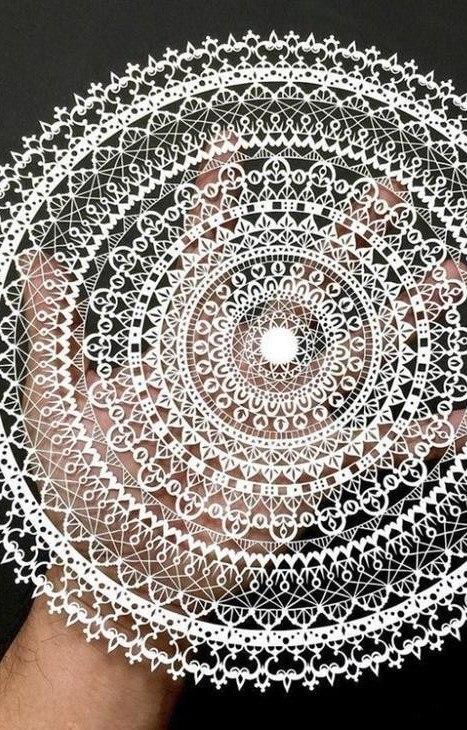 Художник из Японии, известный в Интернете под ником «Мистер Риу», создает узоры из бумаги ... - 5