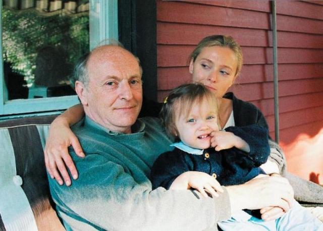 Иосиф Бродский с супругой и дочерью. / Фото: www.livelib.ru