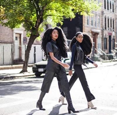 Эти близняшки прославились на весь мир необычными волосами. Фото
