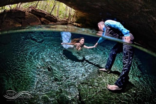 Фотограф из Мексики устраивает подводные фотосессии влюбленных - фото 268890