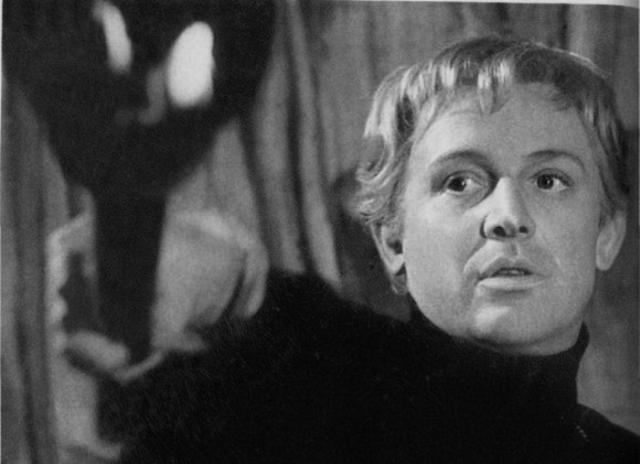 Гамлет в исполнении Смоктуновского был признан лучшим в мире   Фото: legendy-kino.ru
