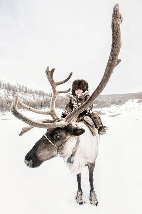 Эвенкийский мальчик-оленевод.