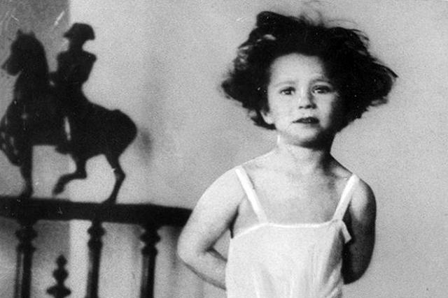 Майя Плисецкая в детстве
