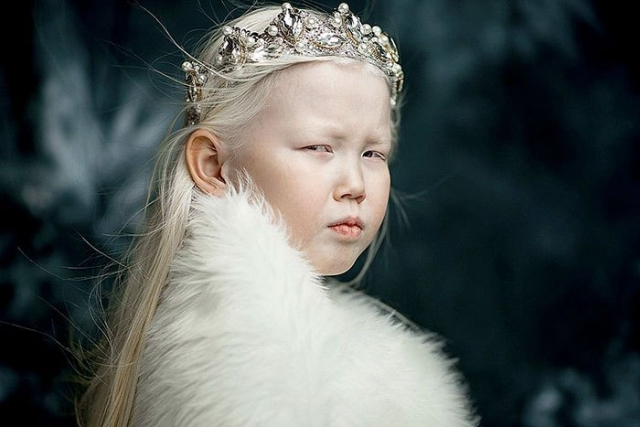 Журналисты окрестили Нарияну Белоснежкой из Сибири.
