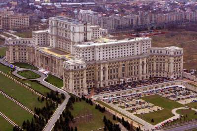 Так выглядят самые большие в мире здания. Фото