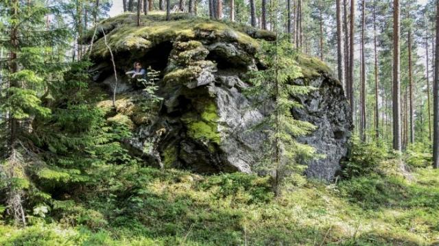 Дьявольский камень может издавать жуткие звуки. / Фото: www.jazztour.ru
