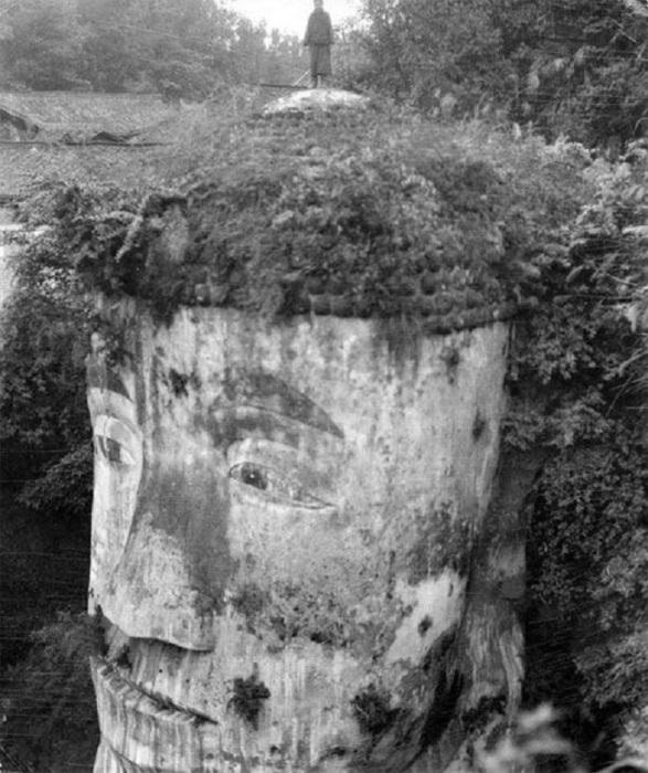 Голова гигантского Будды в Лэшань.