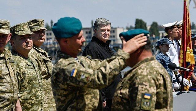 """День захисника по-новому: як українська армія прощається із """"совком"""""""