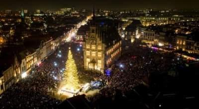 Волшебные новогодние иллюминации в разных городах. Фото