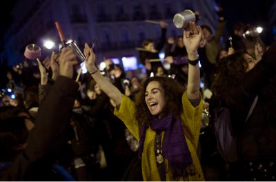 В Испании женщины вышли на «Марш пустых кастрюль». Фото