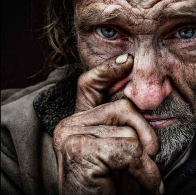 Томас. Автор: Lee Jeffries.