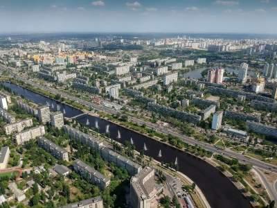 Утопающий в зелени Киев с высоты птичьего полета. Фото