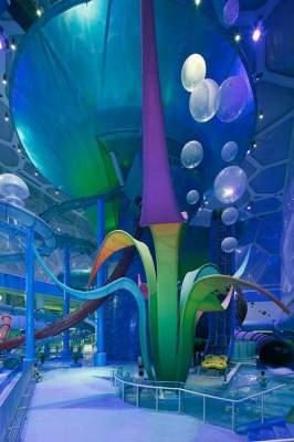 Так выглядит невероятно фантастический аквапарк в Пекине. Фото