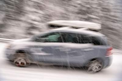 Впечатляющие кадры: Австрию накрыл мощный снегопад. Фото