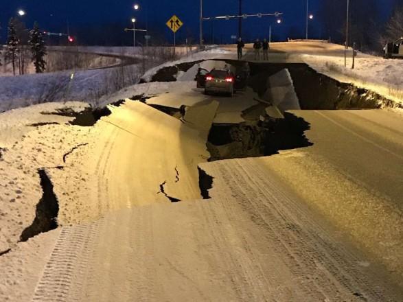 Картинки по запросу На Аляске произошло разрушительное землетрясение