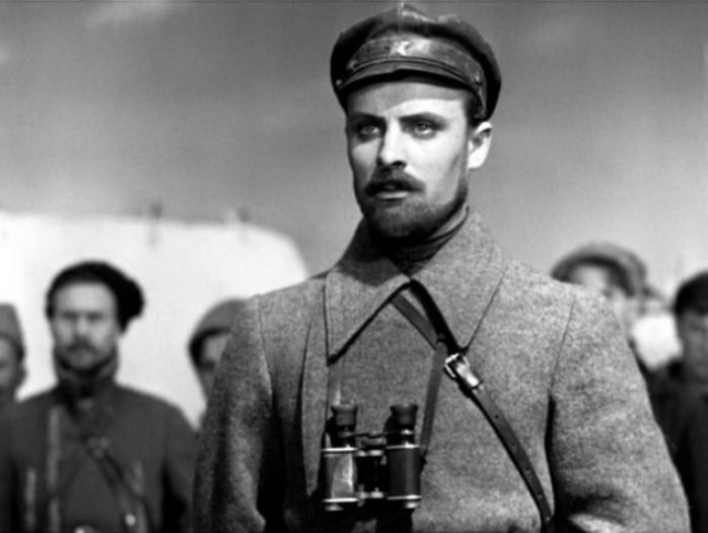 Кадр из фильма А. Довженко *Щорс*, 1939 | Фото: kino-teatr.ru