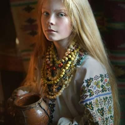 Красота украинок в необычном фотопроекте. Фото