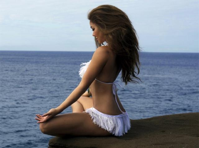 Йога и есть лучший путь к физическому совершенству, душевной гармонии, красоте, эротичности.